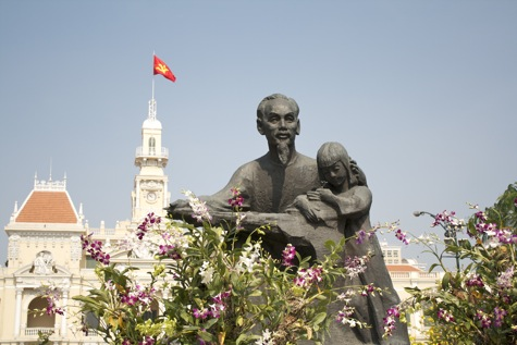 Ho Chi Minh statue in front of the People's Assembly Hall