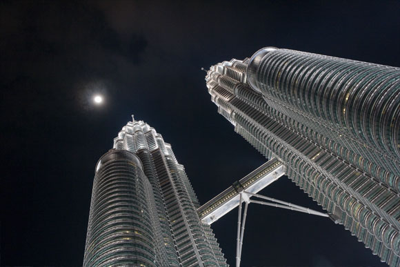 Petronas Twin Towers on Supermoon eve (March 18, 2011), Kuala Lumpur