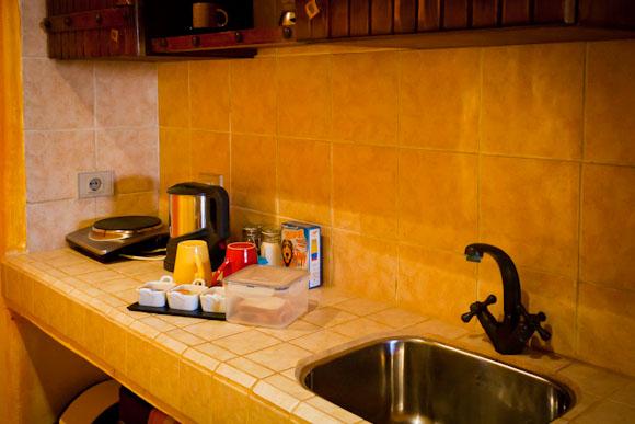 Sinai Old Spices - Mini kitchen area